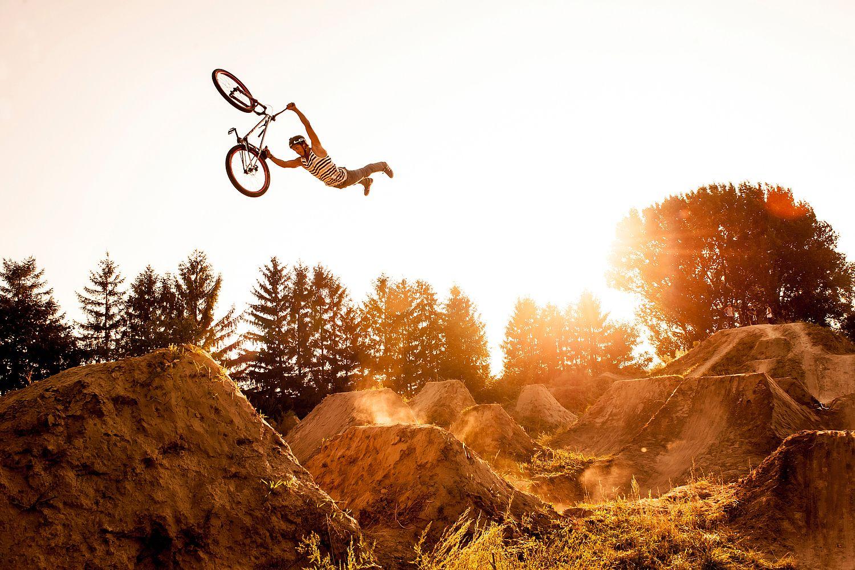 #DirtJump - Photographer: Christoph Laue Athlete: Yannick Romswinckel Location: Zwingenberg, Germany