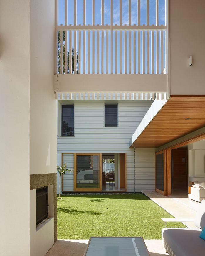 The corner house queensland australia shaun lockyer architects also rh nz pinterest