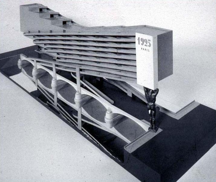 Arquitectura soviética . Konstantín Mélnikov