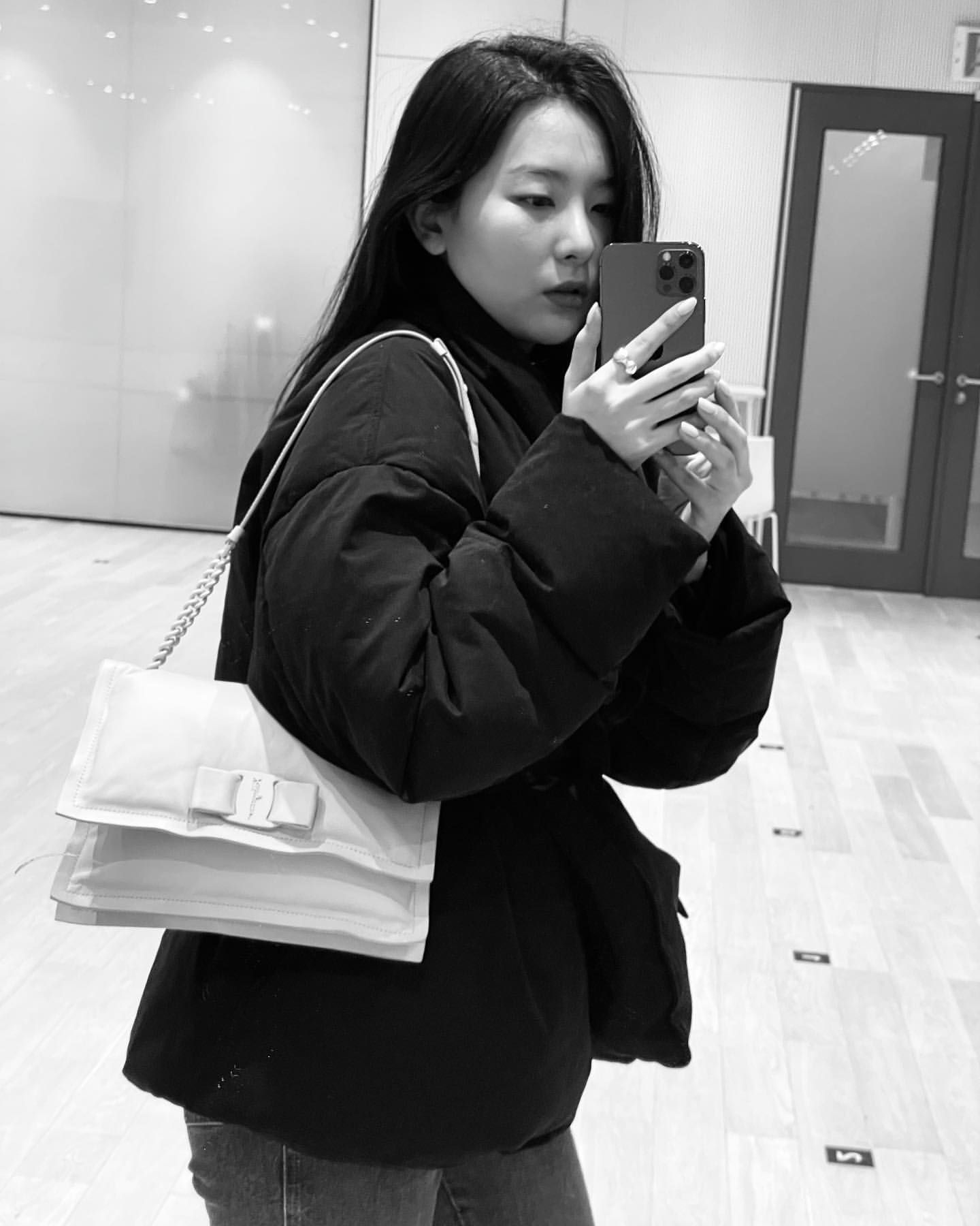 Pin on Red Velvet 레드벨벳ʕ•ᴥ•ʔ
