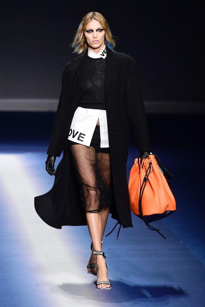 Semana de moda - Milão - Versace, Fall 2017