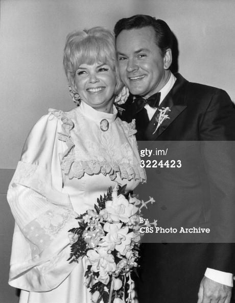 Bob Crane And Sigrid Valdis Wedding With Images Celebrity