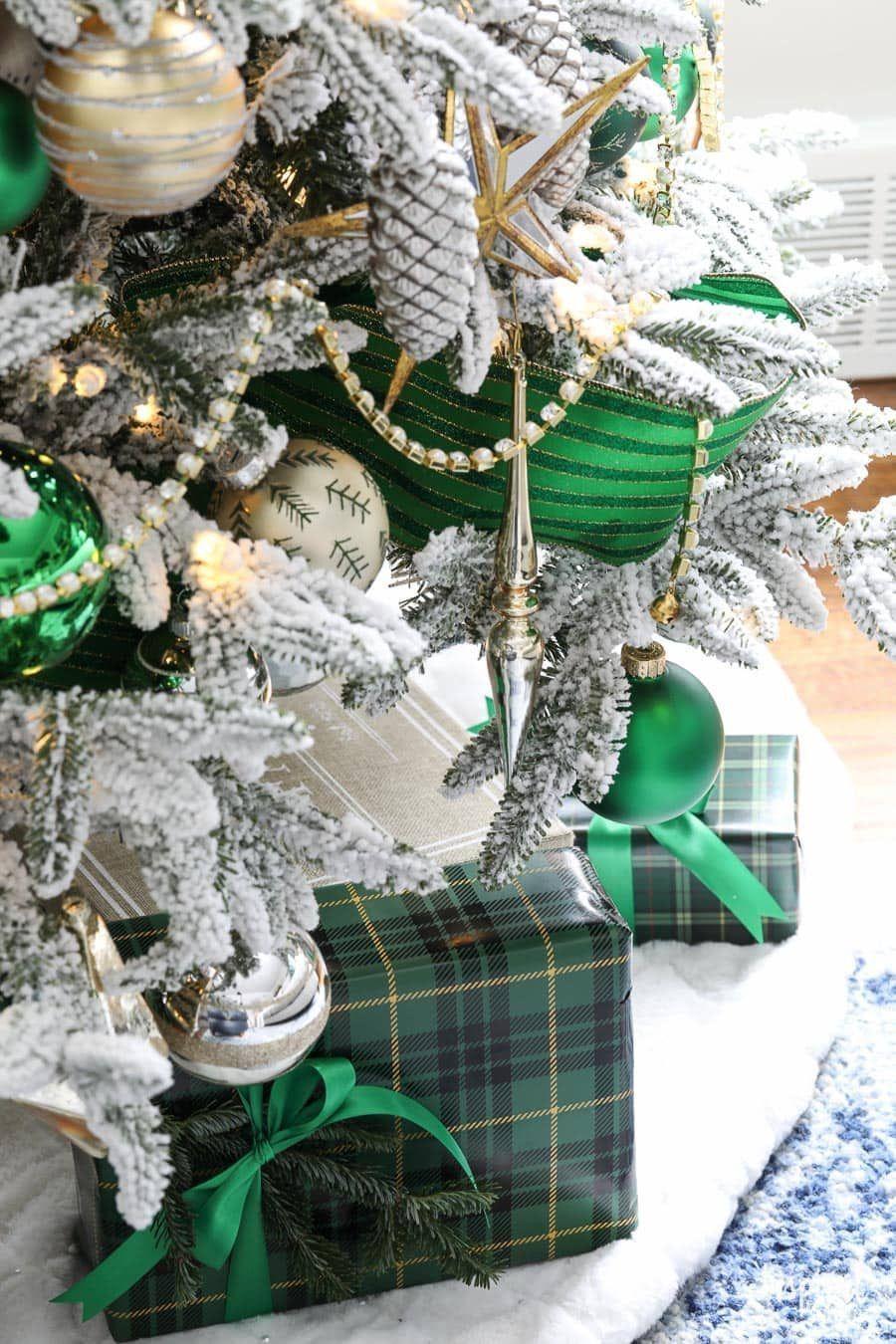Pin by Irish Emerald on Home in Ireland Green christmas