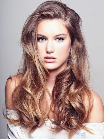 Elegant Hairstyles That Can Dazzle Your Heart Shaped Face In 2020 Hair Color Light Brown Hair Styles Hair Highlights