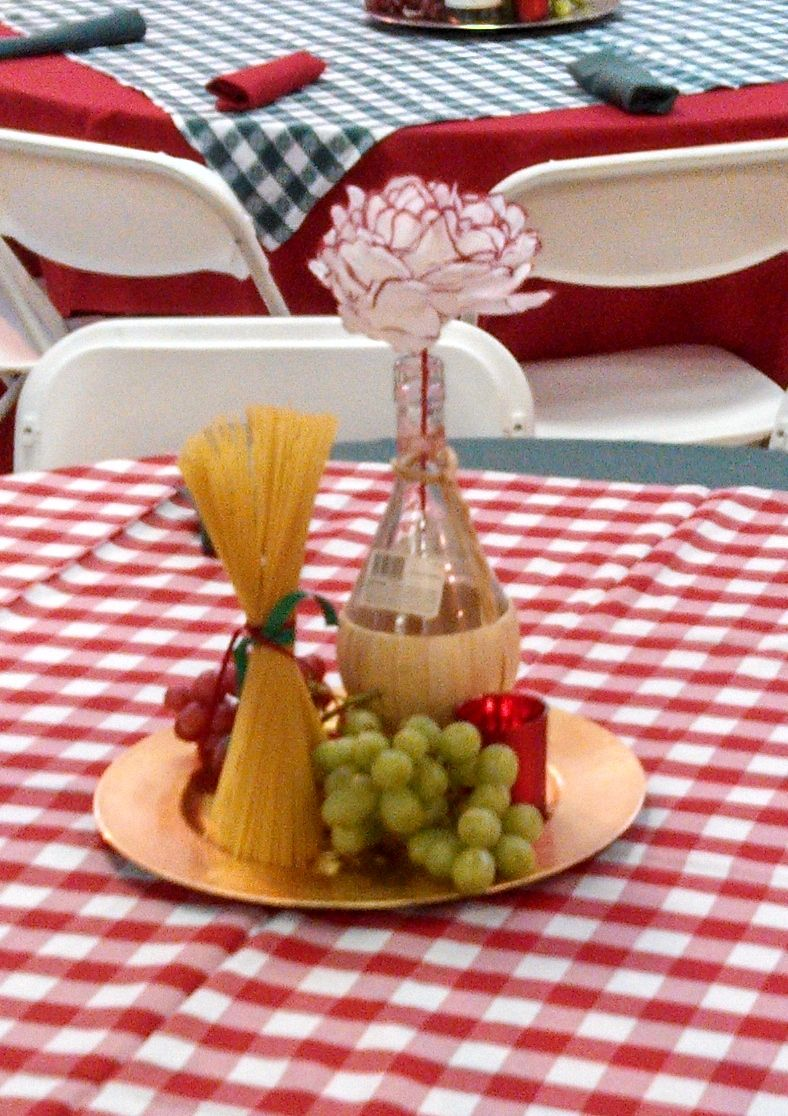 Italian table decorations - These Were The Centerpieces We Used For An Italian Theme Event We Used Real Grapes