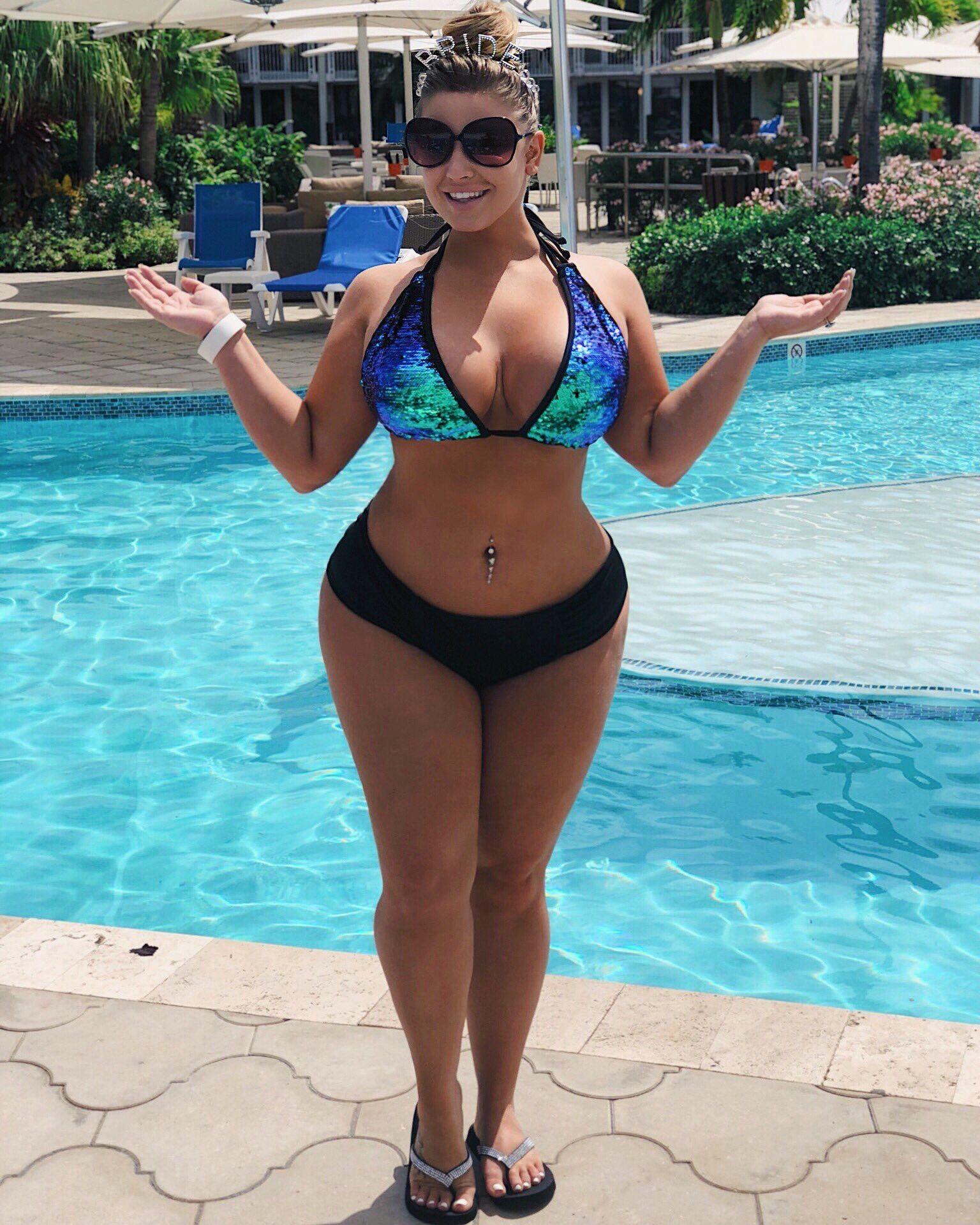914dc85b6 Ashley Alexiss Plus Size Bikini, Plus Size Swimsuits, Plus Size Lingerie  Models, Plus