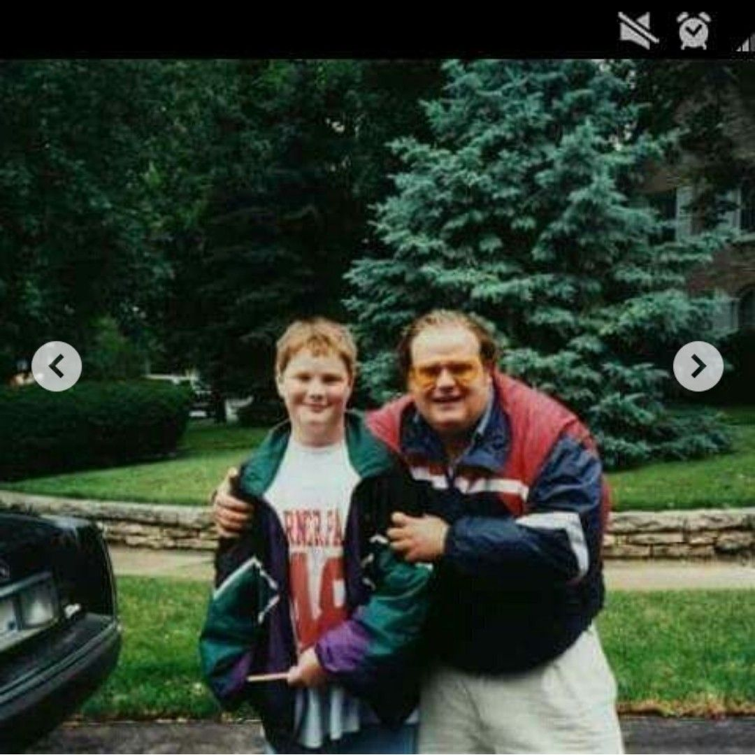 Pin by Cassie Fowler on Chris Farley! ️ Comedians, Chris