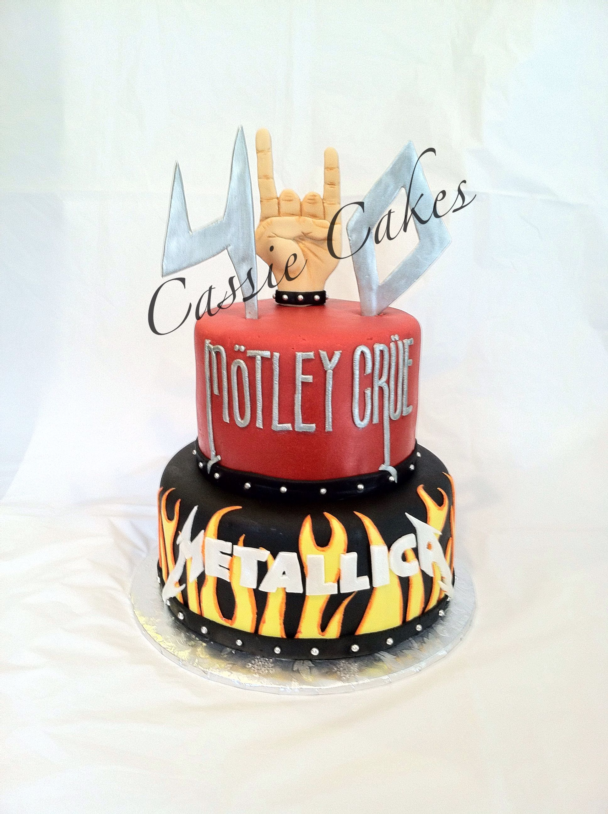 Rock N Roll Cake Motley Crue Metallica Love The Cake But I M Not