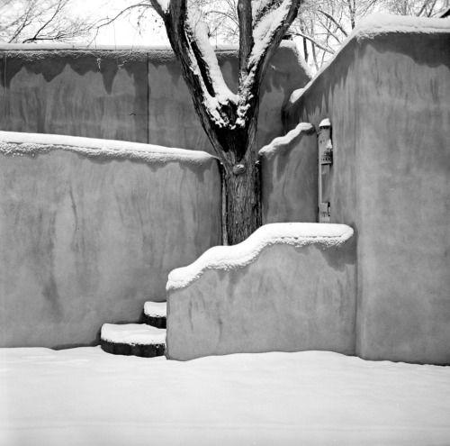 Jon Caradies's photograph of steps and walls in the snow (via jon caradies)