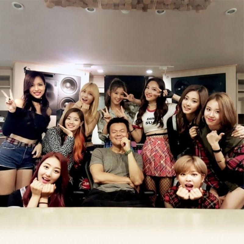 Here S How Jyp Entertainment Has Changed Since Twice Debuted Jyp Artists Korean Girl Groups Girl Group