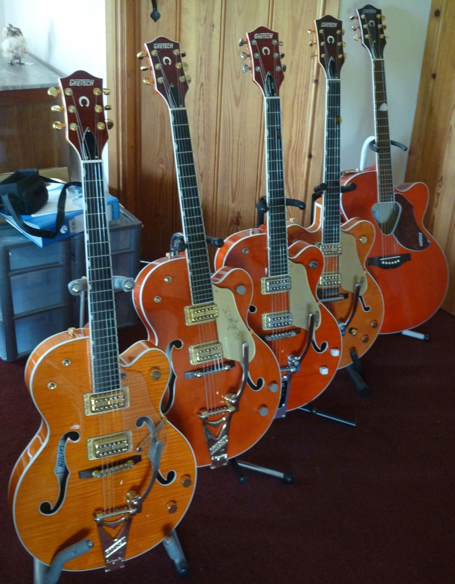 Learn how to play the rhythm guitar with all of these easy