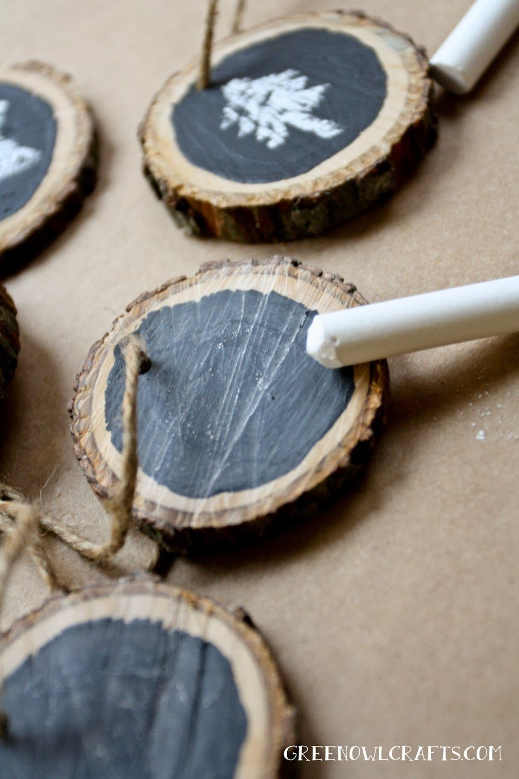 Green owl crafts diy wood medallion chalkboard christmas ornament