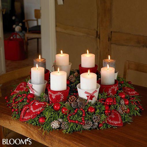 tischkranz mit stoffherzen ozdoby do domu pinterest stoffherzen weihnachten und kr nze. Black Bedroom Furniture Sets. Home Design Ideas