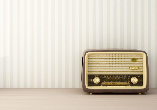 Download Vintage Radio For Free Vintage Radio Retro Radios Radio