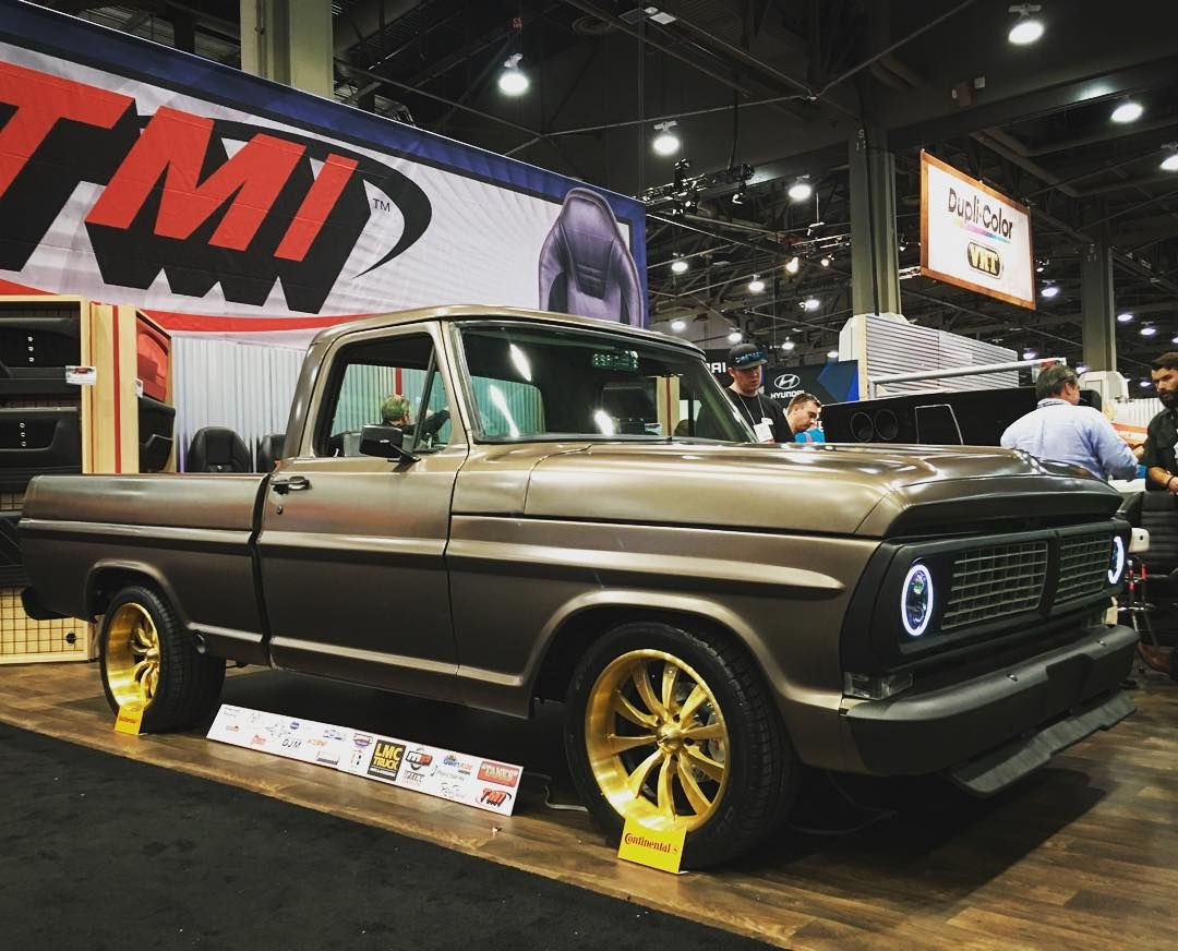 """""""SEMA may be over but the coverage isn't. This Ford F100 was in the @tmiproducts booth. They went with our forged #VF499's in a brushed with gold tint…"""""""