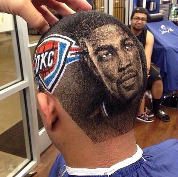 Oklahoma City Thunder Fan Gets A Kevin Durant Haircut Standing O Sports Standing O Sports Sports Hairstyles Kevin Durant Nike Air Max 2016