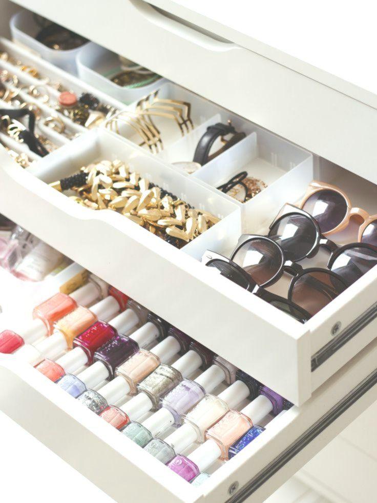 5 things declutter your space | Rangement makeup, Idee rangement, Rangements maquillage