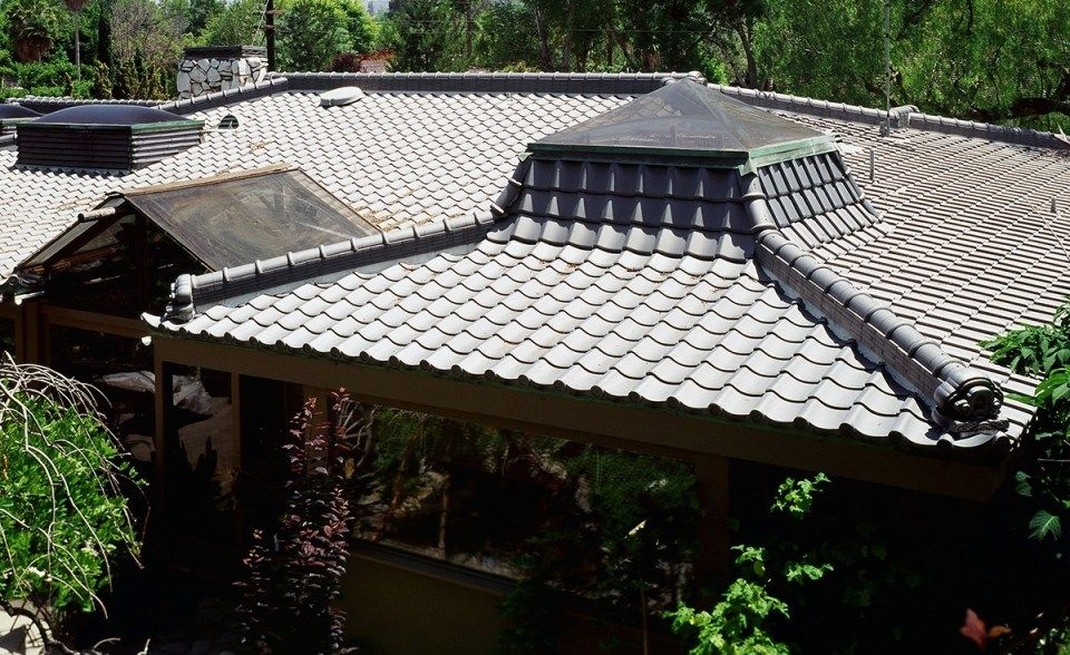 OrientalJapanese (With images) Clay roof tiles, Clay