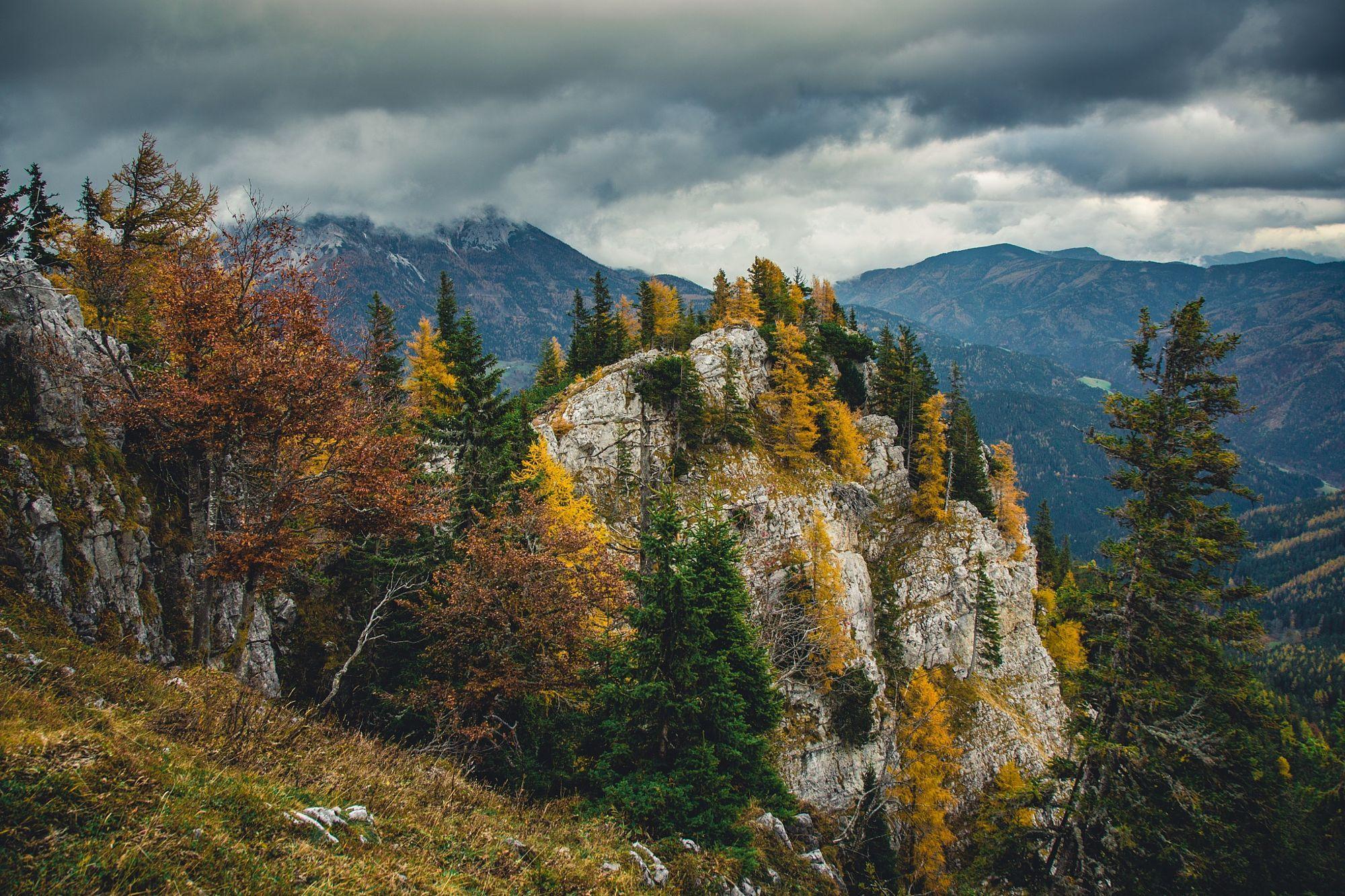 Mountain Colors.  Travel photo by mareks http://rarme.com/?F9gZi