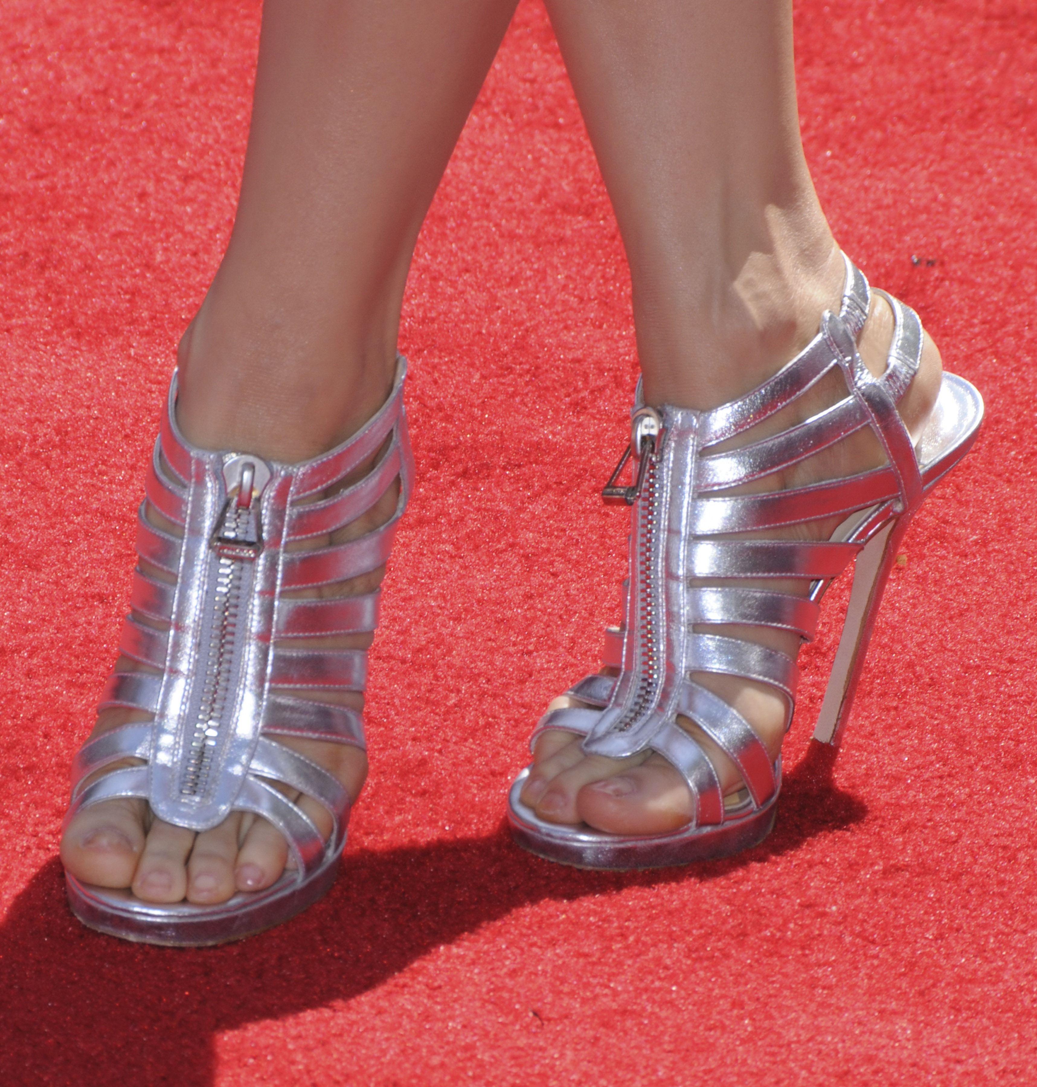 Lucy Lius High Heels XoXo   Heels, Lucy liu, Feet