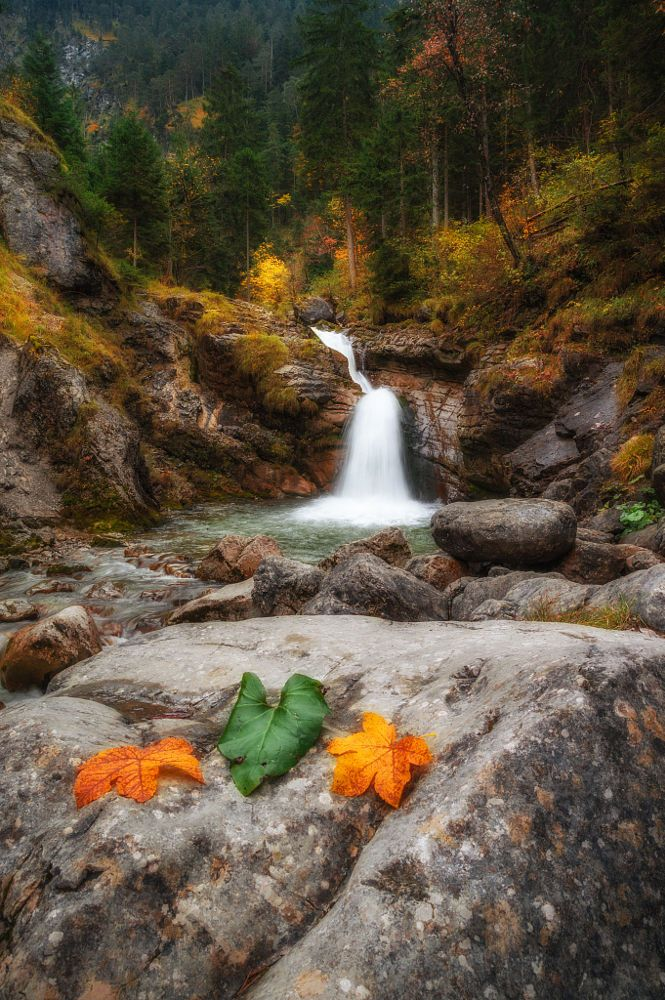 Kuhflucht Waterfall by Florian Sabo on 500px )