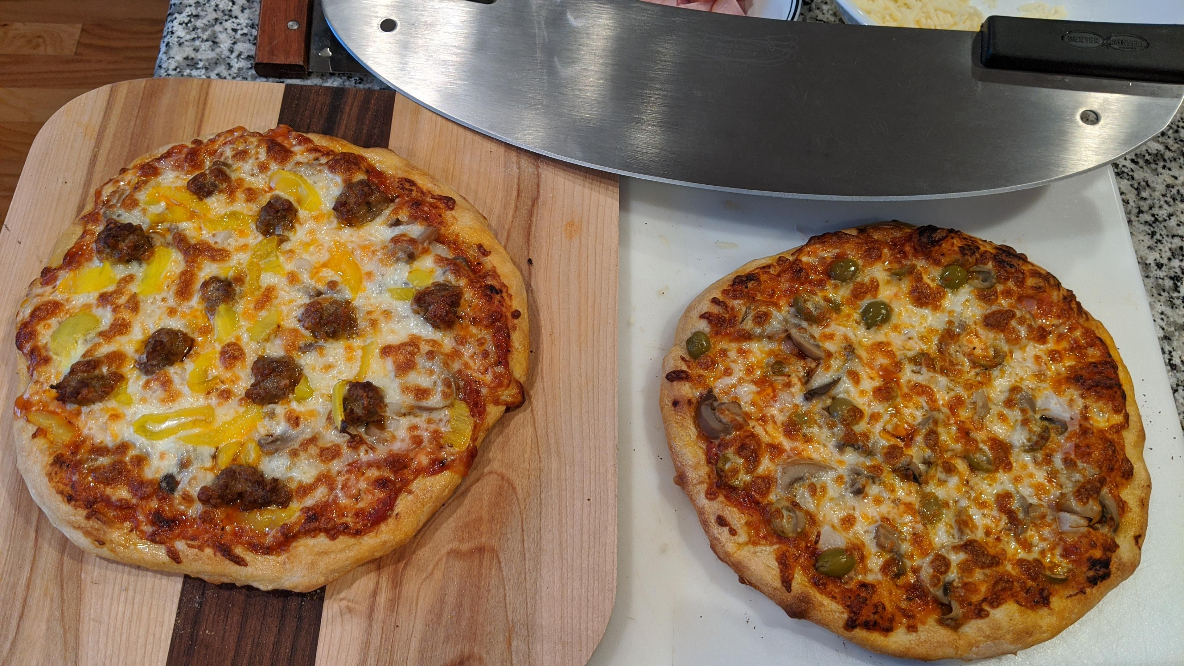 His / Hers Pizza for Survivor #Pizza #Pizzas #food #foods