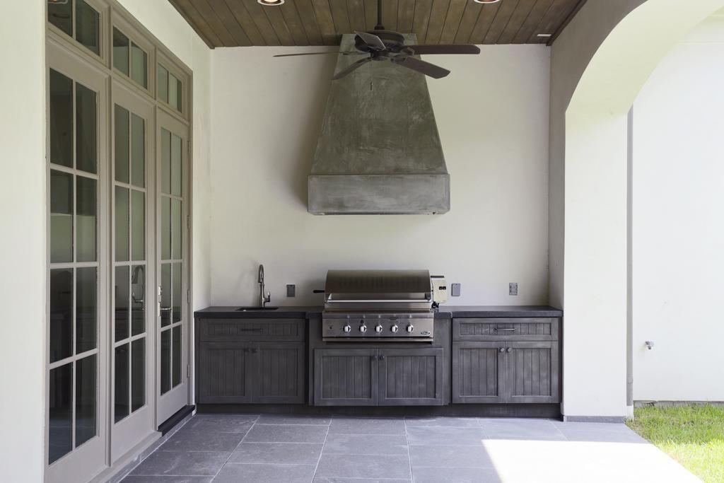 11727 Forest Glen St Houston Tx 77024 Mls 56993882 Redfin Outdoor Kitchen Cabinets Outdoor Cabinet Outdoor Porch