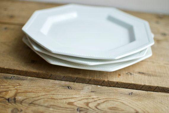 Vintage Johnson Brothers White Dinner Plates, 10\