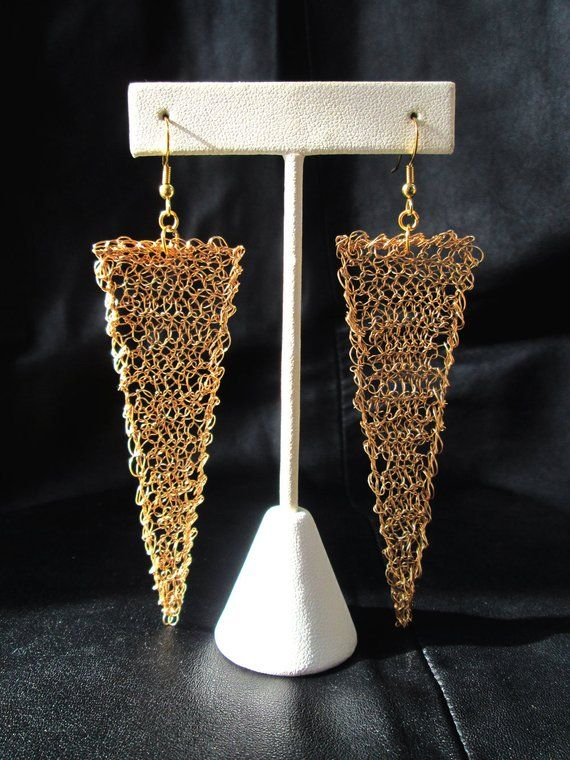 fd5e590c79dfc0 Wire crochet earrings, gold tone, geometric, modern, statement, triangular,  wire mesh shoulder duste
