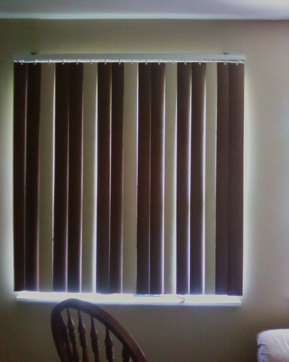 Painting Your Vertical Blinds To Add Some Spice Those Boring White Things Living Room