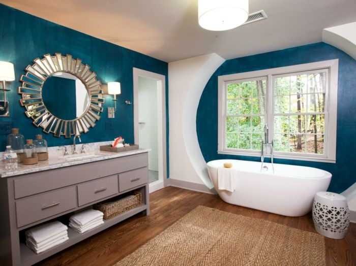1001 designs uniques pour une salle de bain turquoise for Tapis salle de bain bois