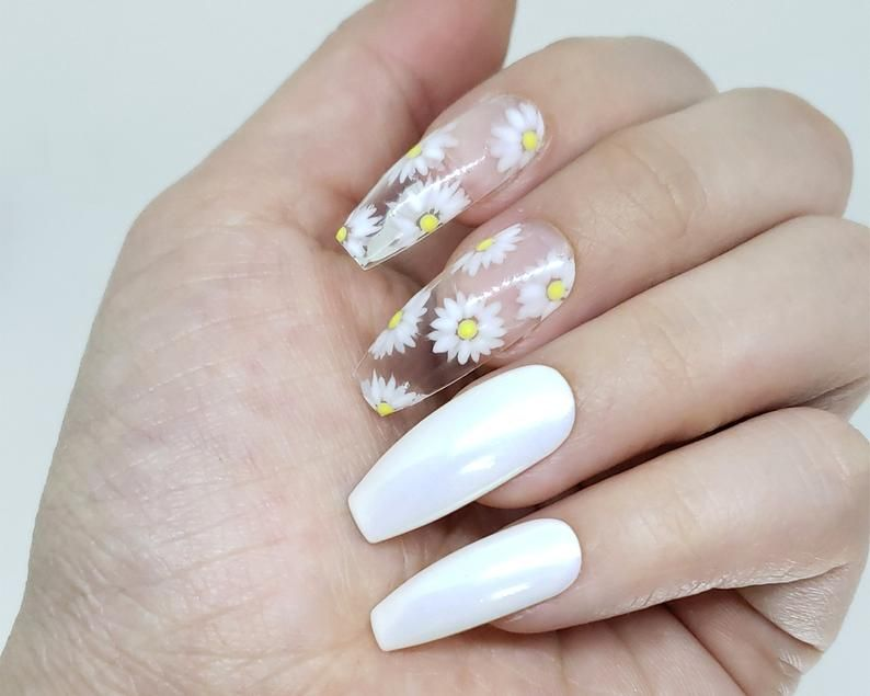 Dainty daisy white daisy flower press on nails etsy in