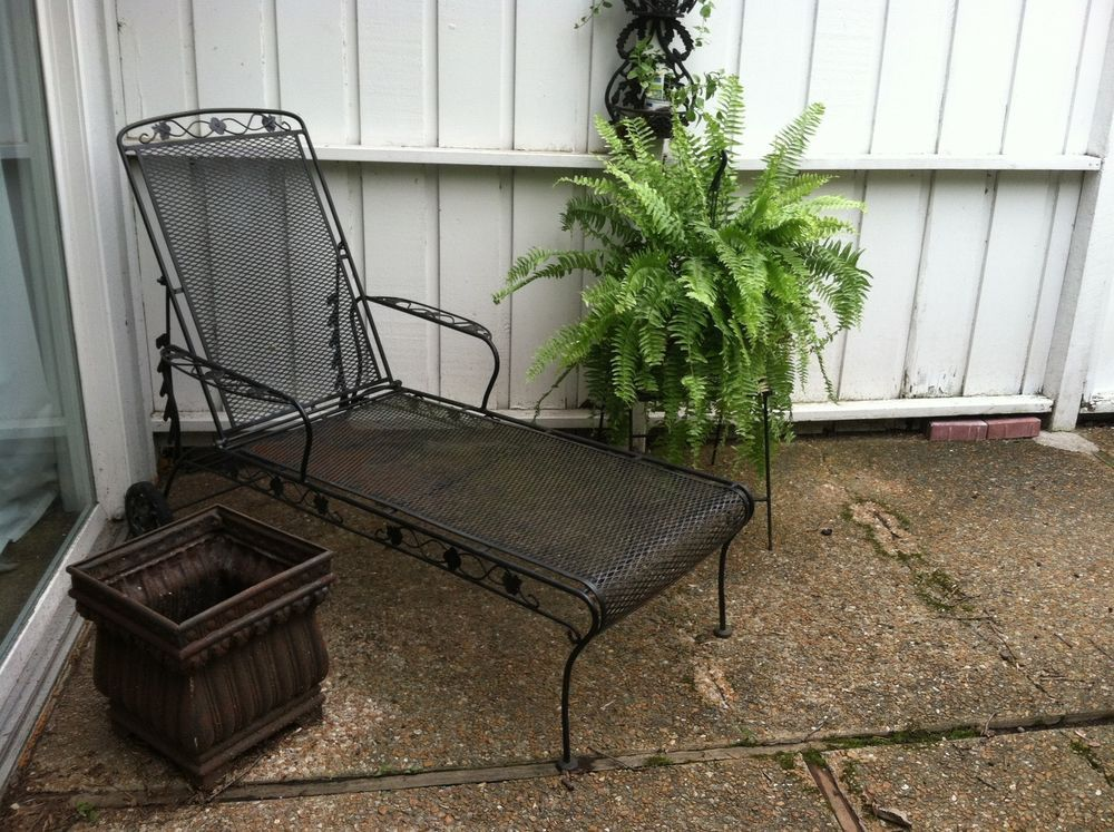 2 Vtg Meadowcraft Adjustable Metal Mesh Chaise Lounge Chair in Black Wrought Iron : wrought iron chaise lounge chairs - Sectionals, Sofas & Couches