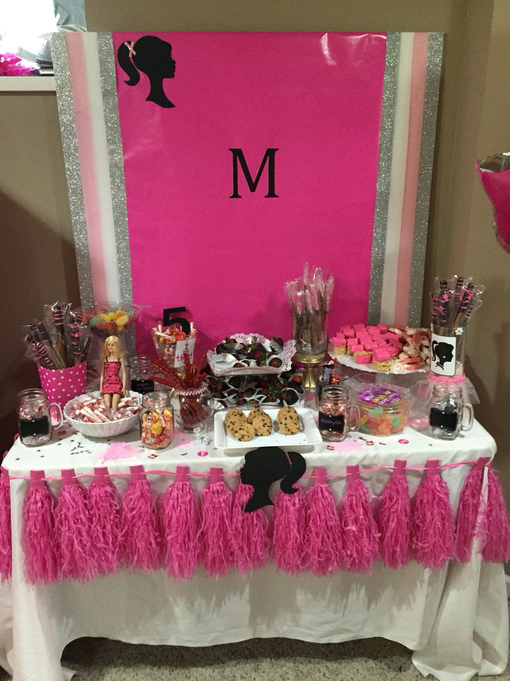 Surprising Barbie Candy Table Barbie Party Barbie Party Candy Interior Design Ideas Clesiryabchikinfo