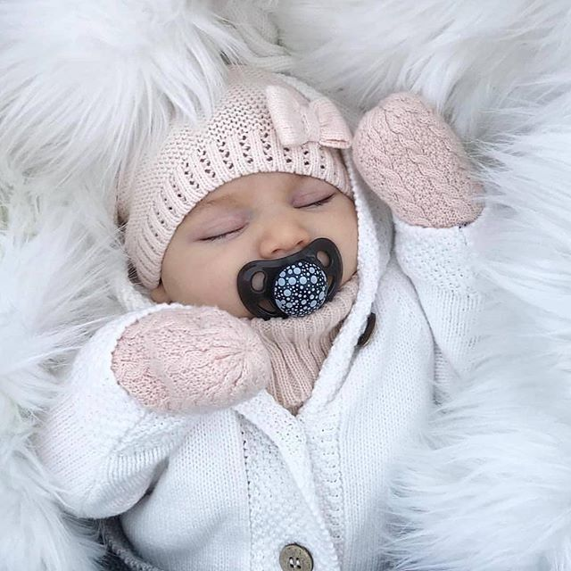 baby love #baby So cute and cozy! Ready for Winter! Repost just.baby.angels --------------------- Credits: just.cute.babies . . On the blog this morning Important safety tips for babys first winter!! Link in our instastory. . . #baby #igbabies #babystyle #babiesof #babylove #babyfever #igmoms #momlife #momsof #mommyblogger #mompreneur #motherhoodthrough #maternity #love #cutebaby #sweetbaby #maternitycomfortsolutions #motherhoodrising #November #winterfashion