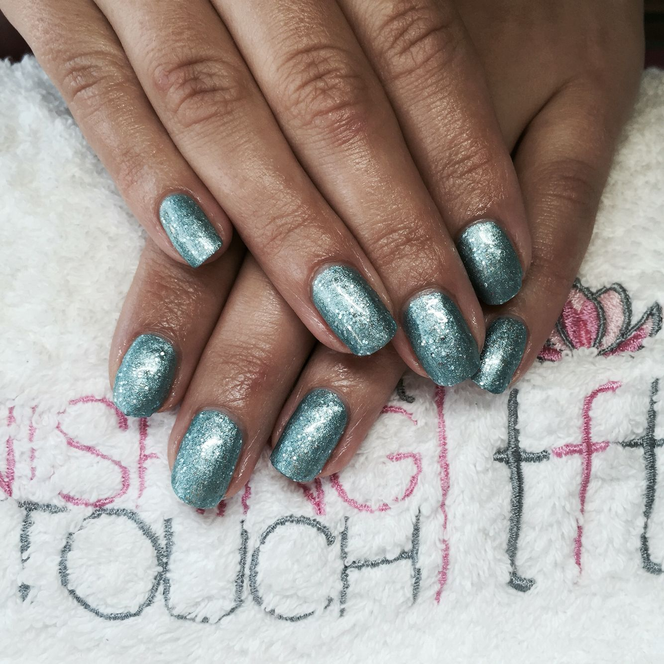 Christmas Nails Shellac: A Beautiful Ice Blue For The