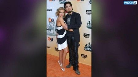 Carmen Electra Splits Up With Tal Cooperman–Is She Back With Dave Navarro?!