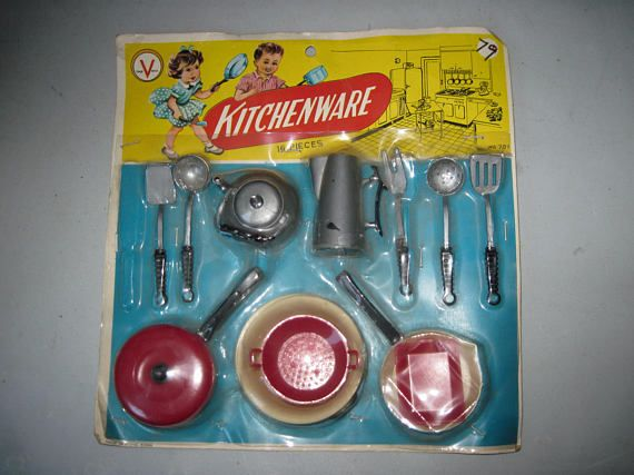 Vintage 1950s 1960s plastic Kitchenware Play set pretend ...