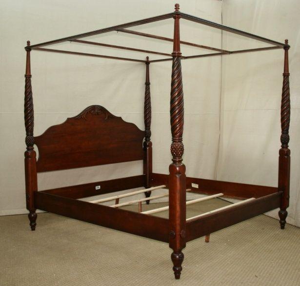 Ethan Allen King Size Laurel Mahogany Poster Bed Bed Frame
