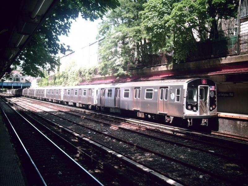A Manhattan bound Q train of R160s leaving