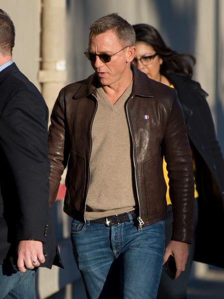 Daniel Craig Photos Photos: Daniel Craig Stops by Jimmy Kimmel Live