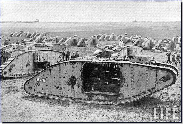 LARGE PICTURES FROM WAR AND HISTORY: World War One Images (Life)(LARGE IMAGES)