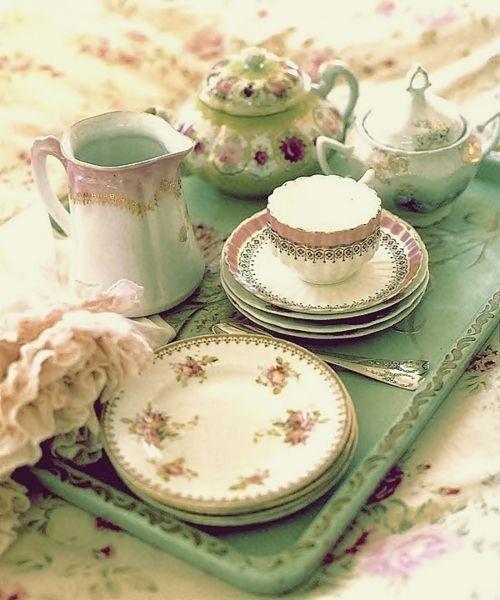 Minty, floral, tea set.