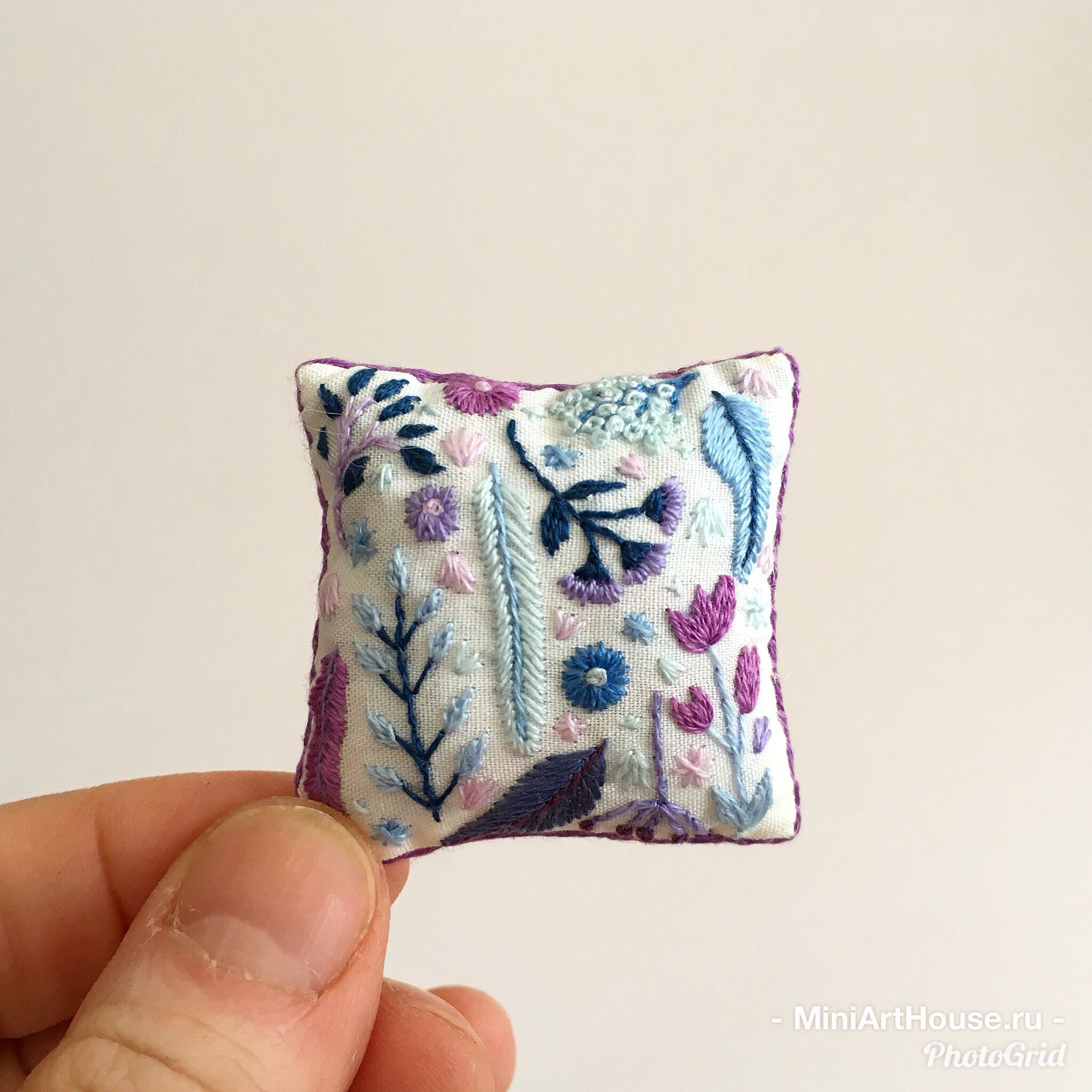 Dollhouse miniature pillow hand embroidery made by miniarthouse