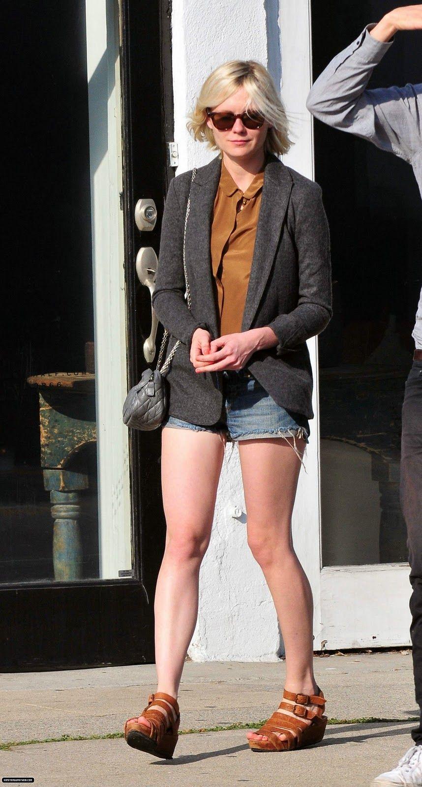 MDollNYC: Kirsten Dunst's Street Style   Kirsten Dunst's ...