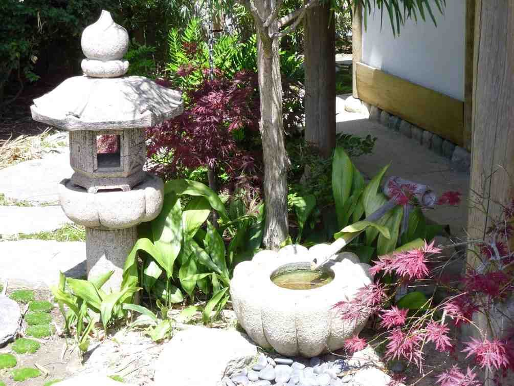 Good Asian Garden Decor