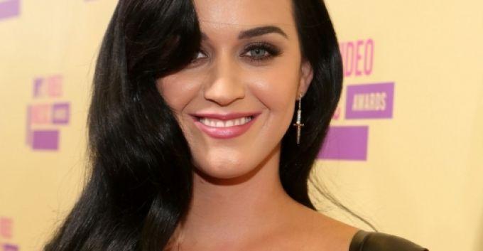 Katy Perry, nombrada mujer del año por Billboard