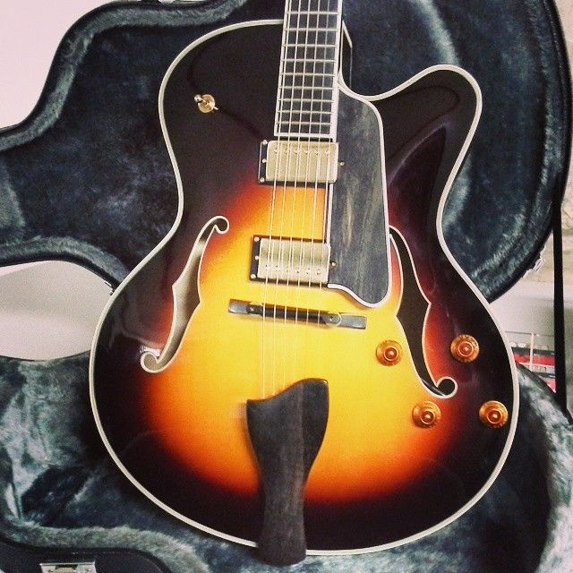eastman ar803 hollowbody guitar carved solid spruce top with Kent Armstrong Humbucker kent armstrong pickup neck wiring diagram