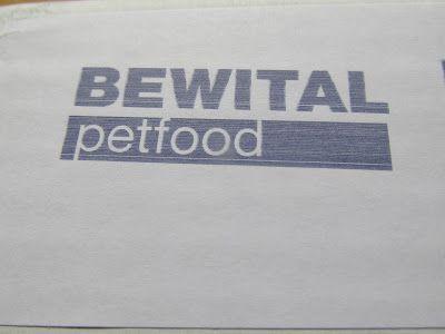Conny's kleine Wunderwelt: BEWITAL petfood Probenpaket
