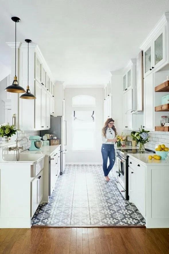 25 Unordinary Retro Galley Kitchen Design Ideas In 2020 Kitchen